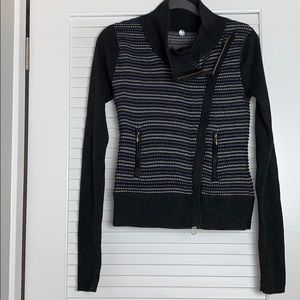 Margaret O'Leary zip up cardigan